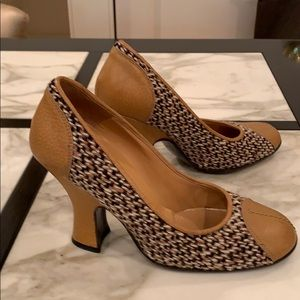 Prada leather and tweed heels